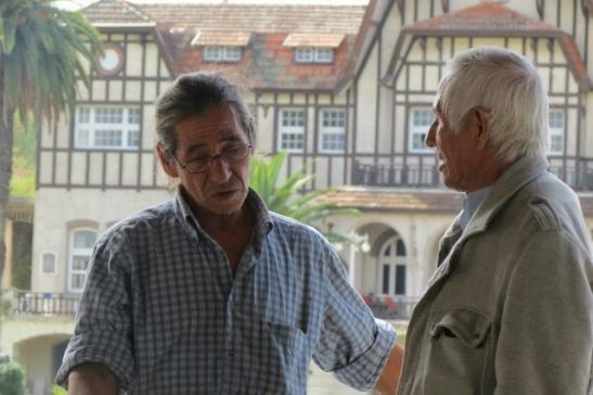 Alberto Aguirre y Eugenio Fernández, referentes del pueblo qom del partido de Tigre. (Foto: Lucía Surban)