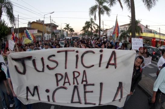 micaela_fernandez_marcha_pacheco_policiales_gomez_050413__25_.jpgx