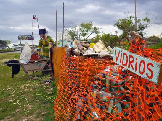 La basura la clasificamos para reutilizarla.