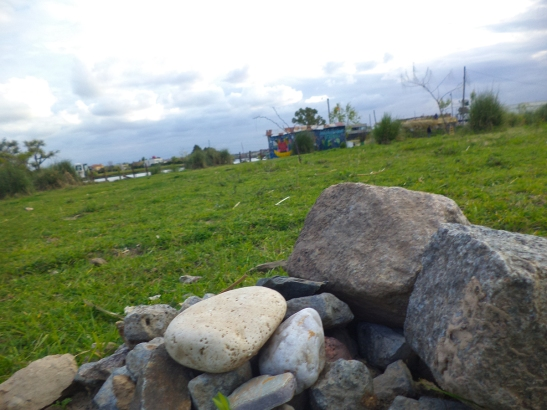 Apacheta: el montículo de piedras marca el lugar donde se realizan las ofrendas a la Pachamama.