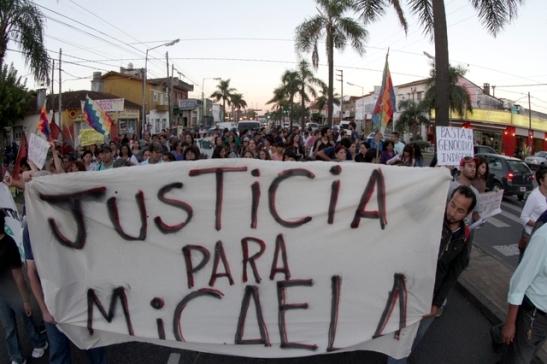 micaela_fernandez_marcha_pacheco_policiales_gomez_050413__25_-jpgx